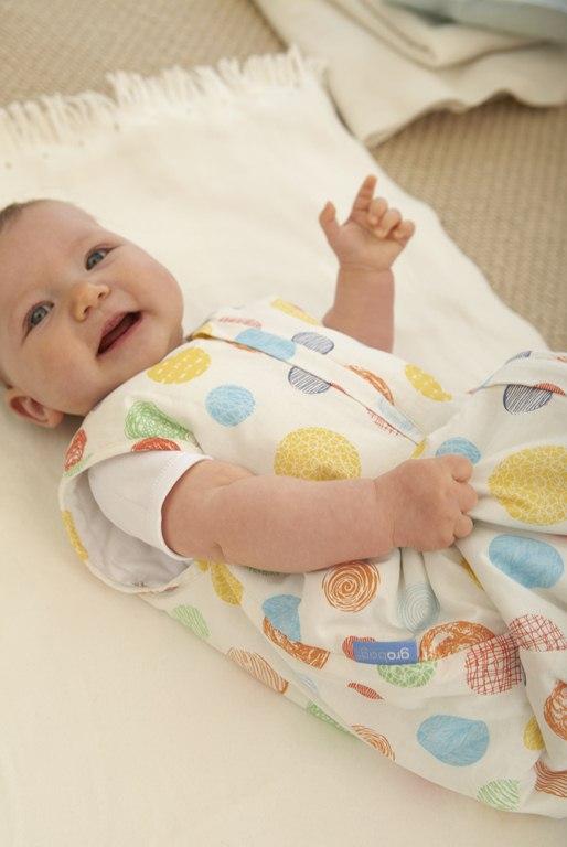 W co ubierać  niemowlę na spacer?