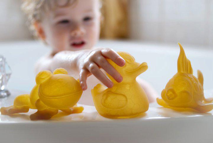 Jak zachęcić dziecko do kąpieli?