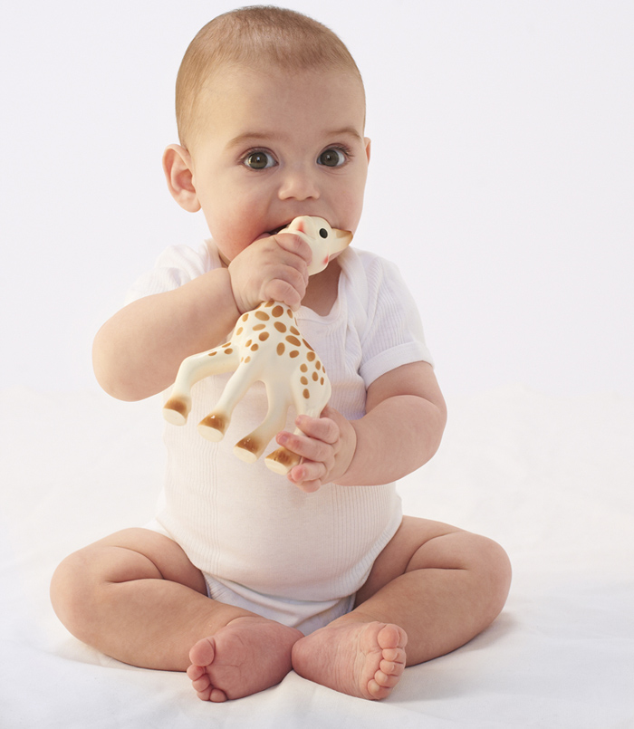 Czym może się bawić niemowlę?